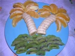 Детское блюдо Фруктовая пальма